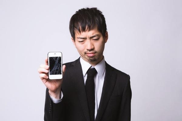 iphoneの液晶画面割れ
