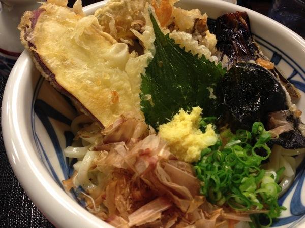 野菜天ぷらぶっかけうどん