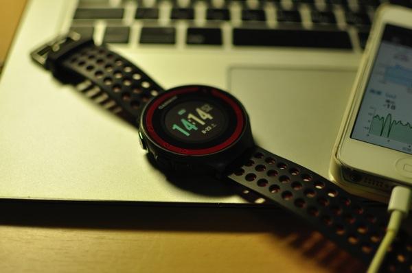 ランニングのログに最適。GPSウォッチの決定版「GARMIN(ガーミン)Fore Athlete220J」を購入!!
