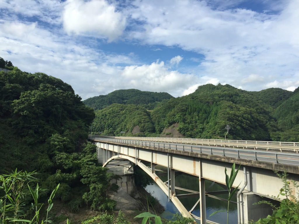 【ランニングコース】夏のランニングをどうするか?の一つの回答。兵庫県川西市の「一庫(ひとくら)ダム」を走ってきました。