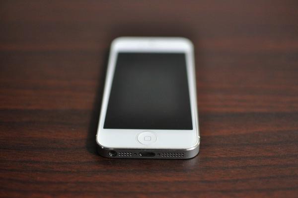 意外とカンタン!iPhone5のバッテリー交換!!