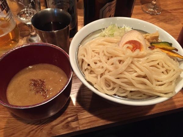 シャンプーハット・てつじさんプロデュースの「三代目 宮田麺児」のつけ麺を堪能してきました。