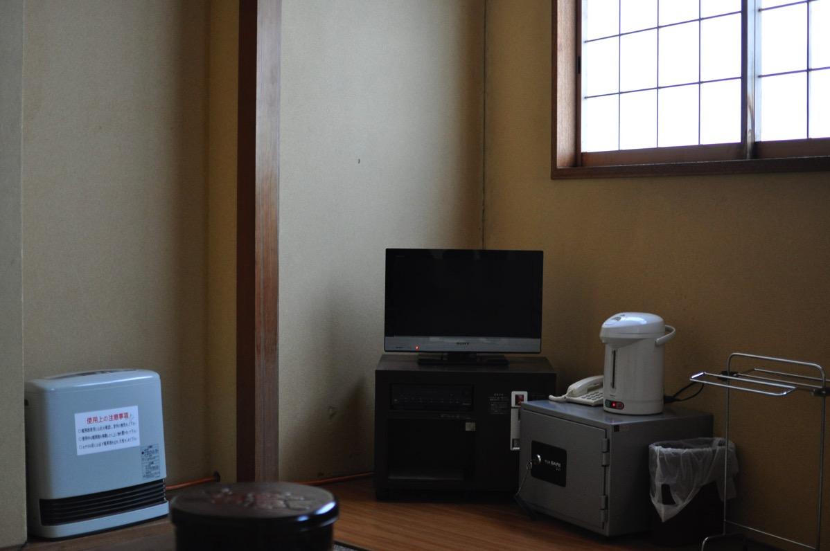 村岡の旅館「さかえ」の部屋