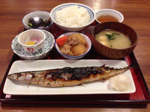 [グルメ]4品+ご飯・みそ汁のランチ定食が702円!大阪・中津の居酒屋「かっぽうぎ」