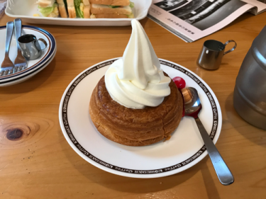 【コメダ珈琲】久しぶりにシロノワール食べてみた。