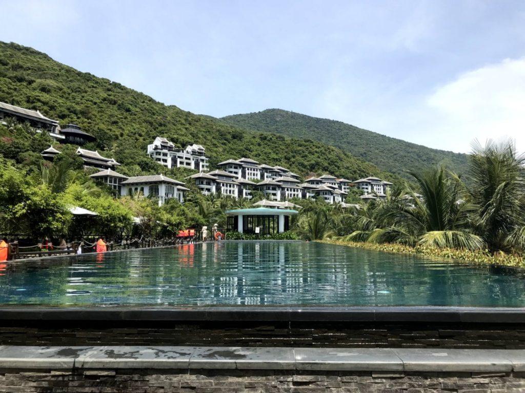 danang-pool